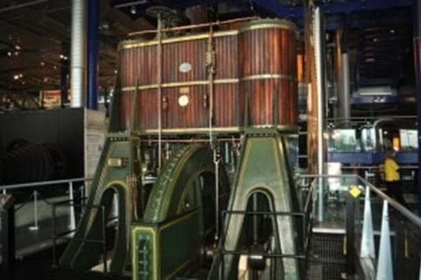 James Watt's steam engine at the Thinktank museum in Birmingham (© Copyright Ashley Dace)